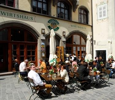Tradtitional Pub Tour Munich